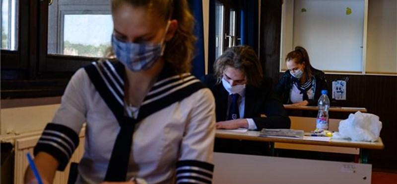 Pótvizsga? Dupla szóbeli? Hogyan érettségiznek majd a koronavírusos diákok?