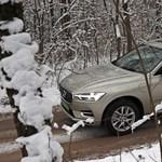Zöld rendszám és 400+ lóerő: teszten a Volvo XC60 T8