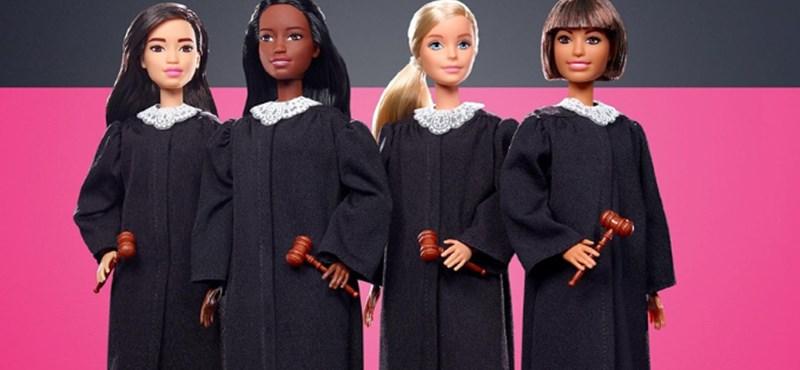 Bíróként debütáló Barbie-babák ösztönöznék a kislányokat mások jogainak védelmére