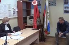 Harminc napra bezárják Alekszander Navalnijt