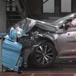 Videó: Így törnek a mostani legbiztonságosabb autók