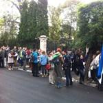 Búcsút mondtak az észt nagykövetségnek, Bécsben kell ezután ügyet intézni