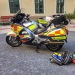 Ez a férfi lopta el a sérültet ellátó mentős tárcáját
