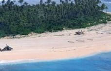 Hatalmas SOS-t rajzoltak a homokba, ez mentette meg három tengerész életét