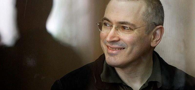 Putyin kegyelmet ad a bebörtönzött Hodorkovszkijnak