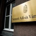 Riadót fújt a NAV: a nevében ígérnek adóvisszaigénylést adathalászok