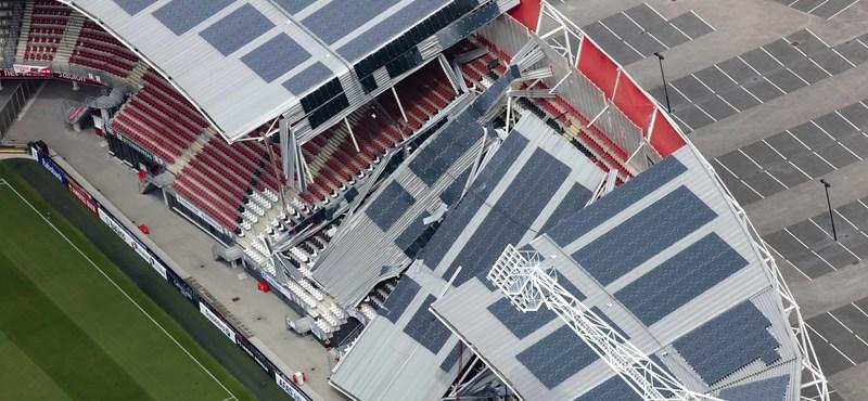 Beszakította a vihar a holland Alkmaar stadionjának tetejét - fotók