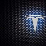 Telefontöltő külső akkumulátorokat dobott piacra a Tesla, rögtön rákaptak a vásárlók