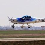 Fotók: hatalmas magyar repülős sikert iktattak ma Ferihegyen