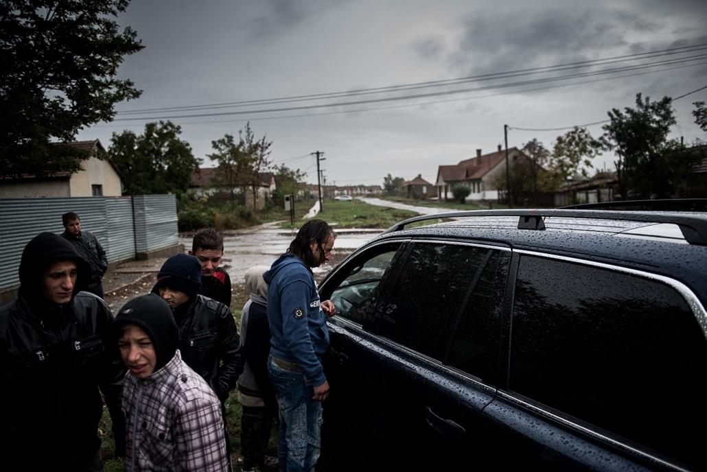 2012.10.28. - önkormányzati választásokat tartottak Tiszavasváriban, amit a Jobbikos polgármester, Fülöp Erik nyert - évképei