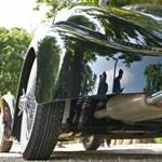 Szuper ritka és nagyon drága autókülönlegességek a Balatonnál – fotógaléria