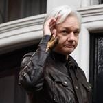 Nem hagyhatja el a börtönt Julian Assange