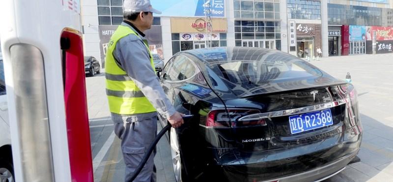 Ha az új kocsija nem elektromos lesz, kinevetik majd a gyerekei