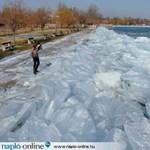 Horrorfilmekbe illő hangokat adnak ki a Fekete-tenger jégcsuszamlásai (videó)