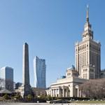 Lebontatná a híres Sztálin-felhőkarcolót két lengyel miniszter