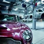 A hely, ahol a legendás Aston Martinok születtek - videó