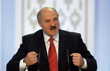 Az elnökválasztás napján sem tagadta meg magát a fehérorosz diktátor