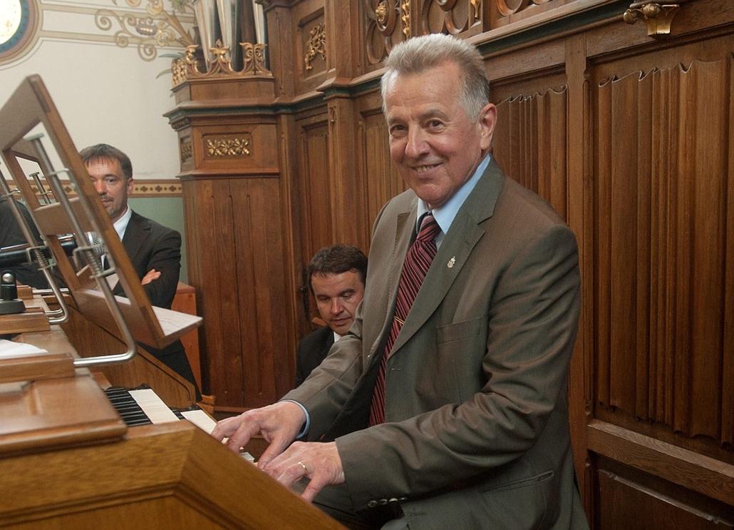 Shmitt Pál, orgona, zene, kultúra, schmitt pál az orgonánál