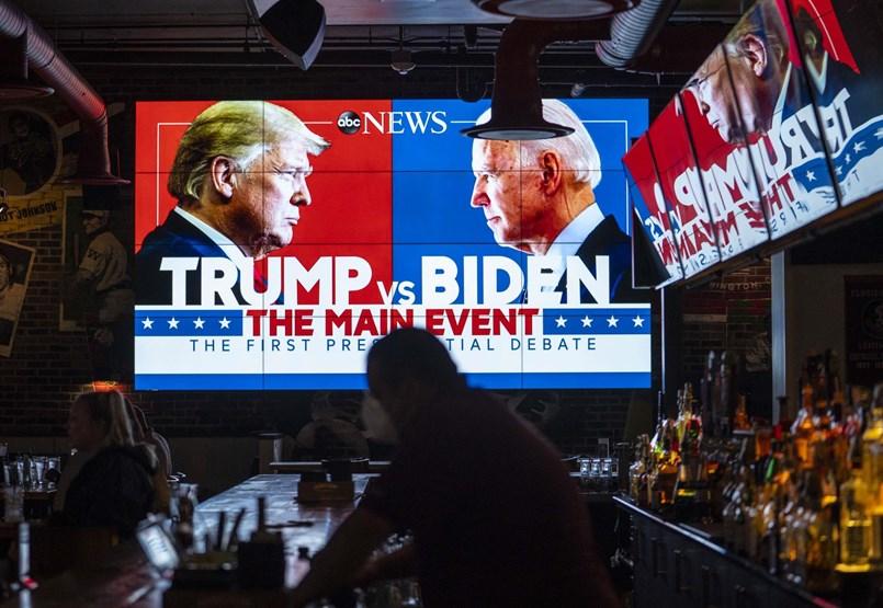 Személyeskedésbe és káoszba süllyedt Trump és Biden első tévévitája