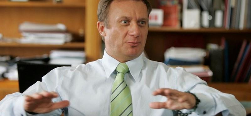 A DK kis győzelme az Orbán-rendszer ellen