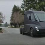 Sokkal hatékonyabb lehet a Tesla elektromos kamionja, mint eddig gondolták