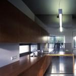 Különleges lengyel családi ház: kapszulában a fürdő és a konyha