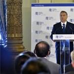 Orbán már látja a kiutat a szűk esztendőkből