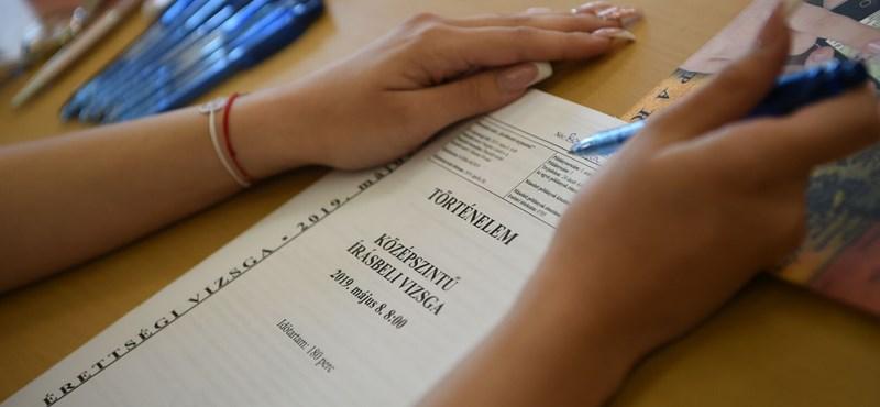 Nyomdai alkalmazott szivárogtatta ki a töriérettségi tételeit