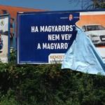 A plakátok megrongálása nem bűncselekmény a bíróság szerint