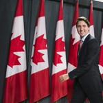 Közel tökéletes jógaászanát mutatott be a kanadai miniszterelnök