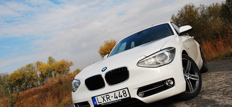 BMW 120d teszt: spórolok, hogy füstölhessek
