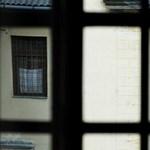 Agyonverhettek egy rabot, simán hazamehettek előzetesből a börtönőrök