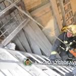 Videó: Aknába zuhant munkást mentettek a tűzoltók Budapesten
