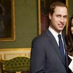 Nyilvánosságra hozták a brit királyi álompár eljegyzési fotóit