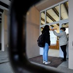 Egyre több helyen rendelik el: online oktatásra állt át egy nyíregyházi gimnázium