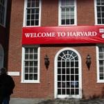 Betiltották a hallgatók és az oktatók közötti szexuális kapcsolatot a Harvardon