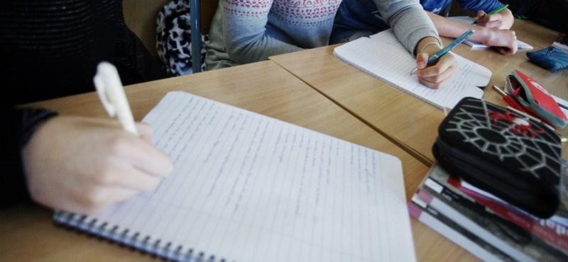 """""""Eltörölték mindazt, ami jó volt a gyerekeknek"""": tantervi utasításokat kapnak a tanárok?"""