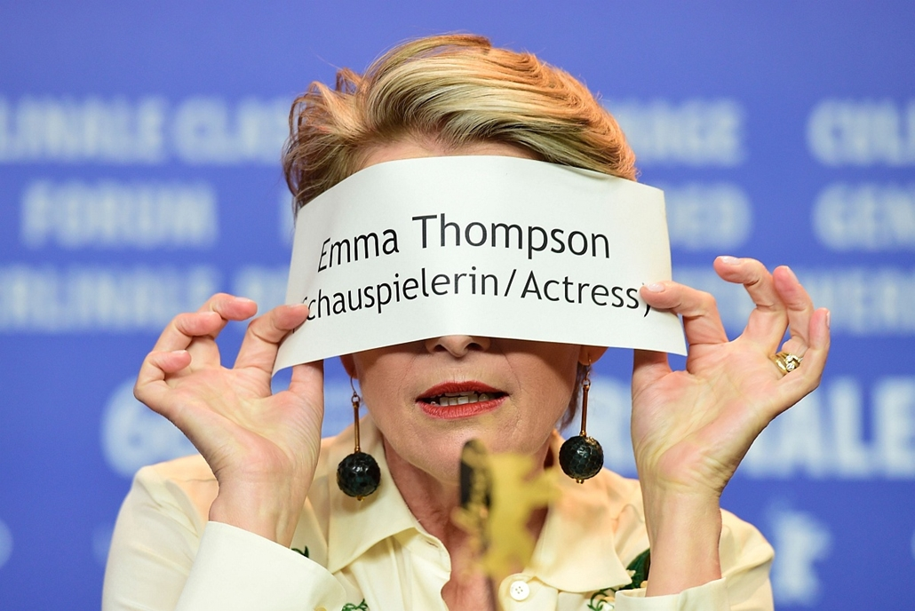 afp. 66. Berlini Nemzetközi Filmfesztiválon, Berlinale 2016 - British actress Emma Thompson gestures during a press conference for the film Alone in Berlin by Vincent Perez, screened in competition of the 66th Berlinale Film Festival in Berlin on February