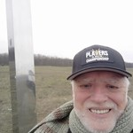 Hide the Pain Harold is meglátogatta a magyarországi monolitot