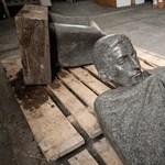 Elkészült a kidöntött Radnóti-szobor mása