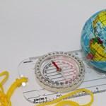 Kémiából és földrajzból érettségiznek ma a diákok