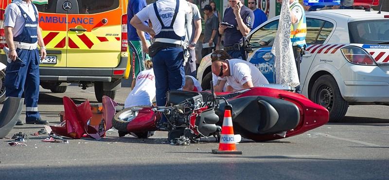 Drámai fotók érkeztek a Blaha Lujza téri balesetről