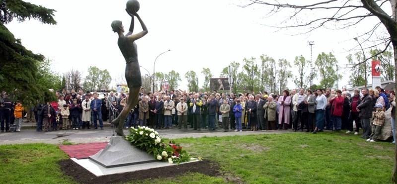 Húsz éve ment el a legendás pécsi kosárlabdázó, Horváth Judit