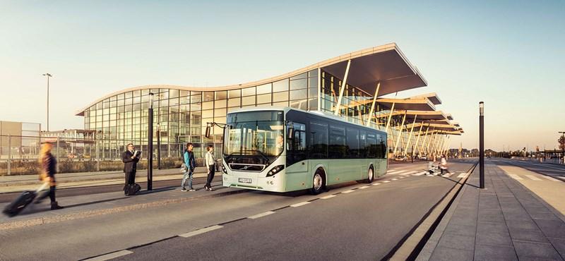Tizenöt új Volvót vett a Volánbusz, ingyen internet is lesz rajtuk