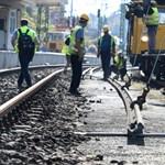 Februártól 10 hónap pótlóbuszozás vár a Miskolc felé vonatozókra, pedig elkerülhető lenne