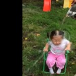 Az utolsó jégvödrös videó: brutálisan káromkodik a három év körüli kislány
