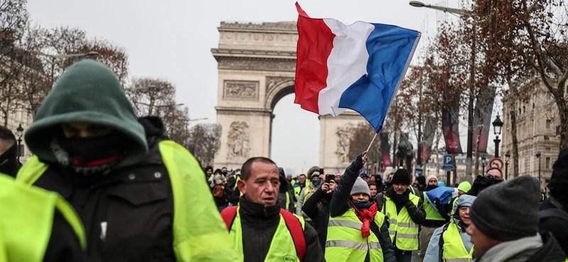 Kevesen voltak a párizsi sárgamellényesek