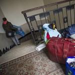 Újabb önkormányzat függesztette fel a kilakoltatásokat