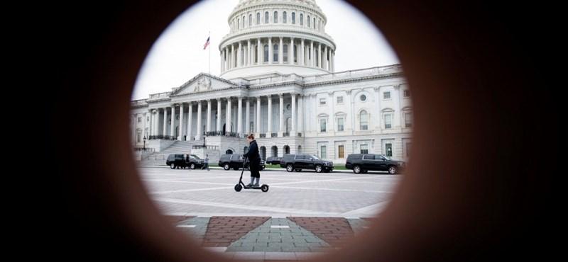Elfogadta az amerikai szenátus a 2000 milliárd dolláros csomag tervét