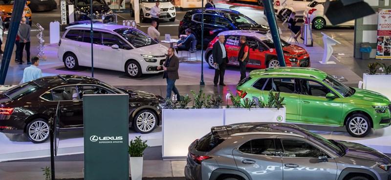 Megnyílt a Budapest Autó Show - videó a helyszínről